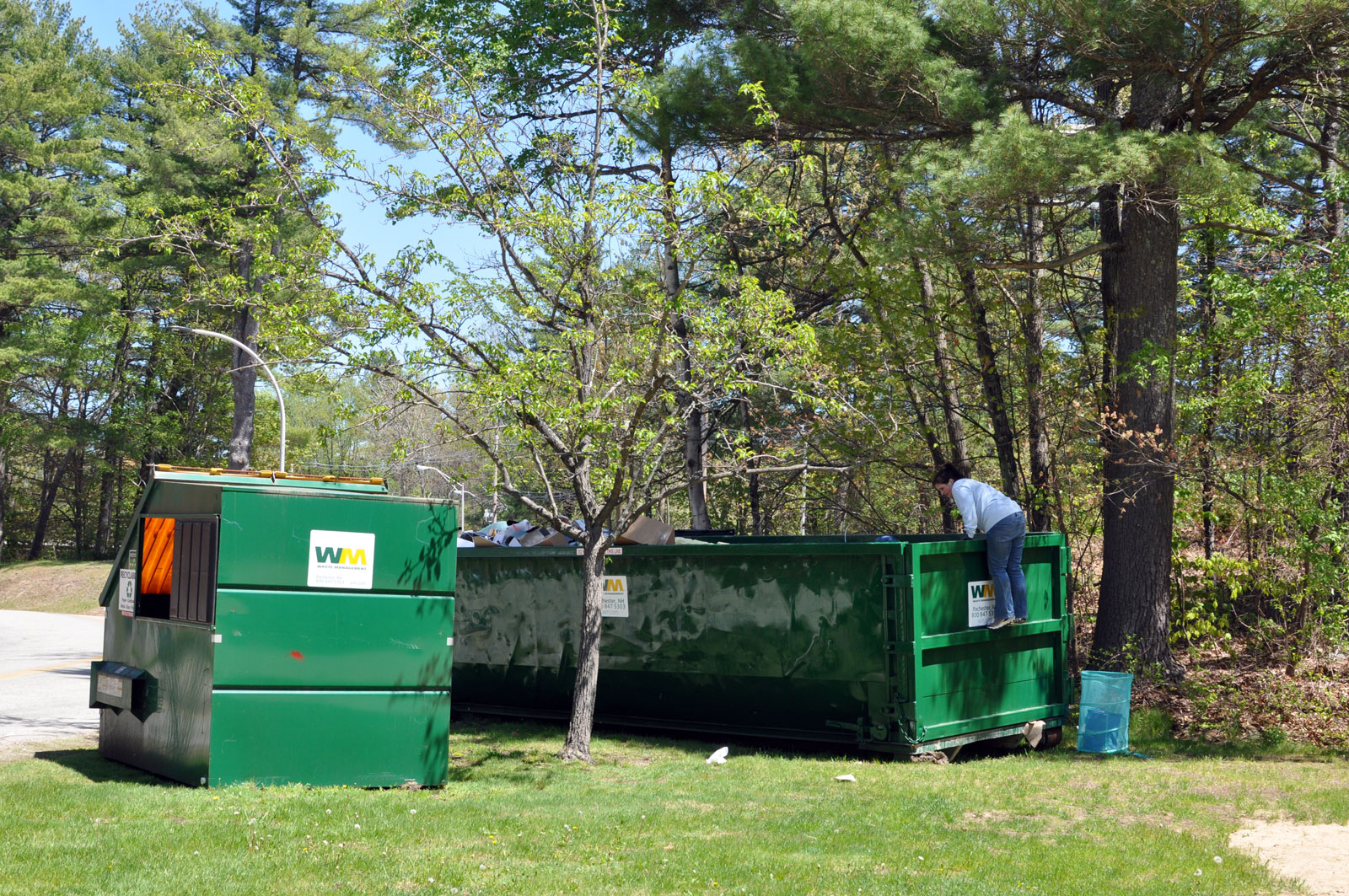 S4 Two-Diff-Kinds-of-Dumpsters